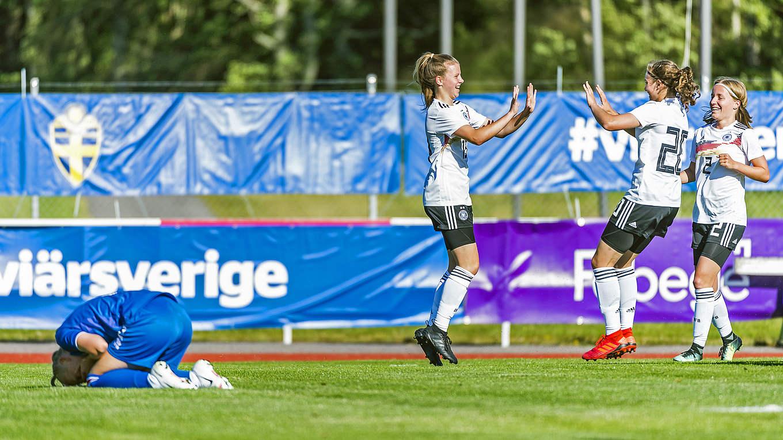Aufstellung Deutschland Gegen Dänemark